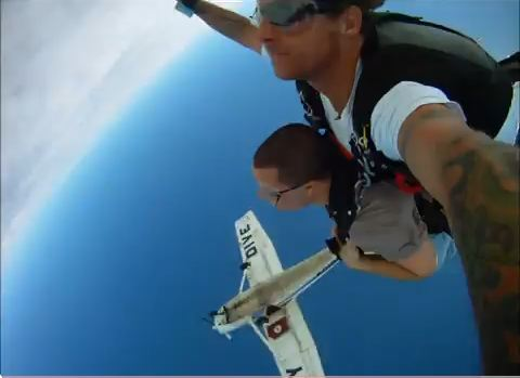 Skydiving at Jump