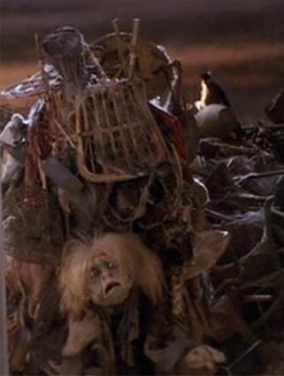 Labyrinth Trash Lady