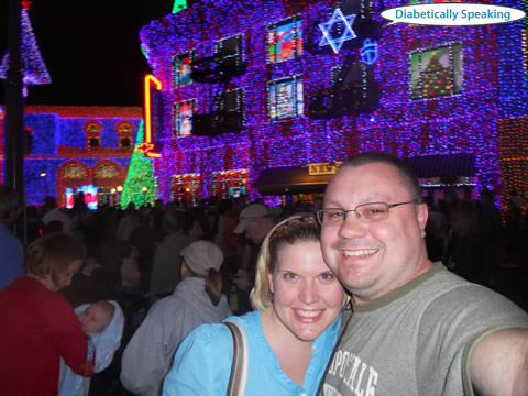 A-Flizzle and Martin - Osborne Family Lights 2011
